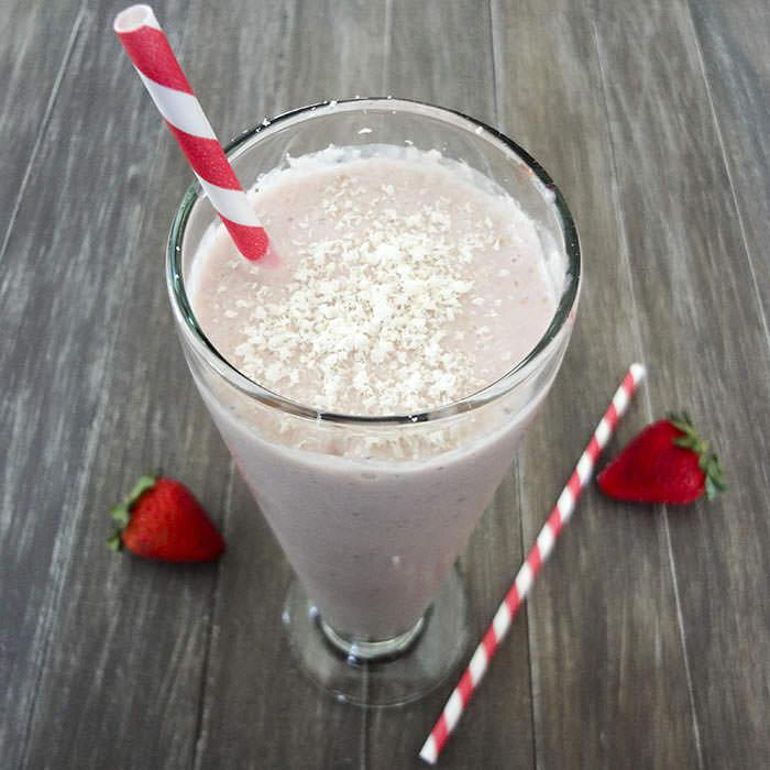 Healthy Strawberry Milkshake