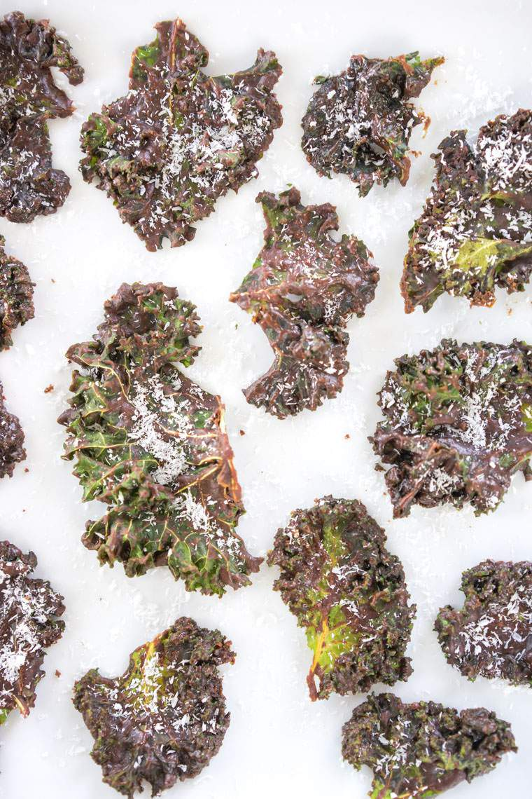 cocoa-kale-chips