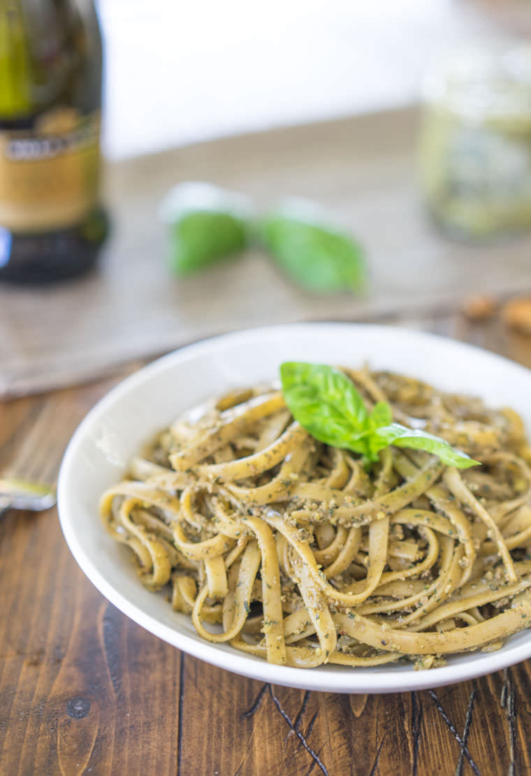 Walnut_Pesto_Half
