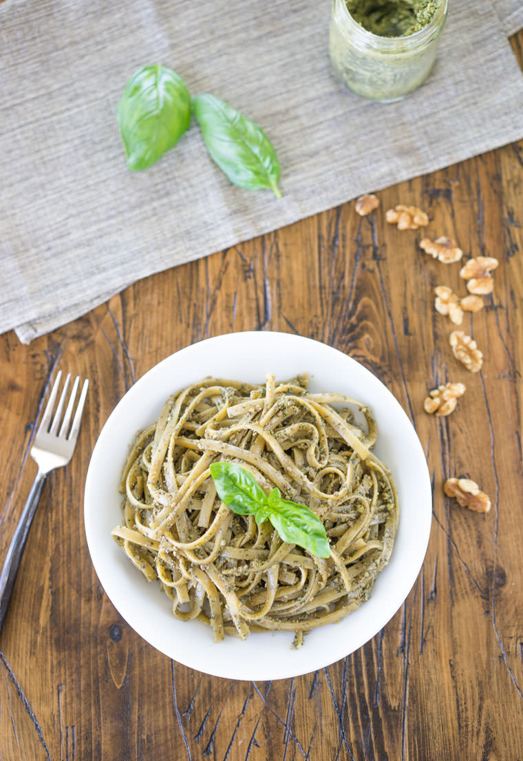 Walnut_Pesto_Top