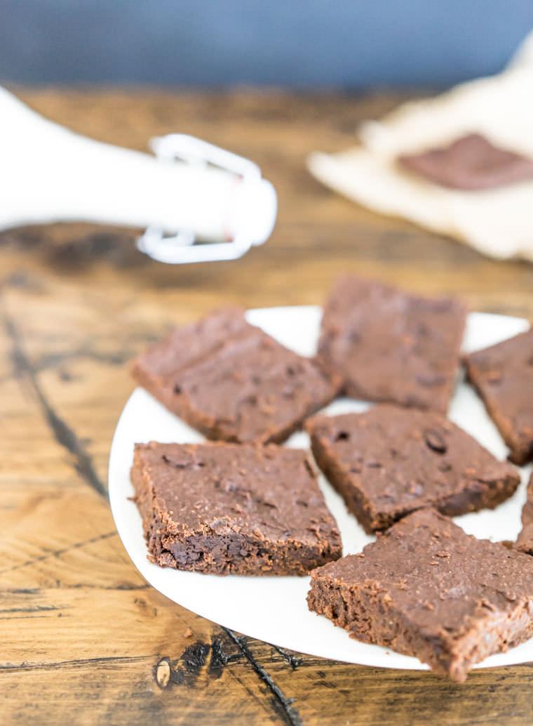 vegan_brownies_plate2